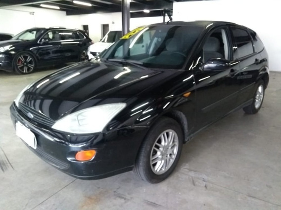 Ford Focus Hatch 1.8 Manual