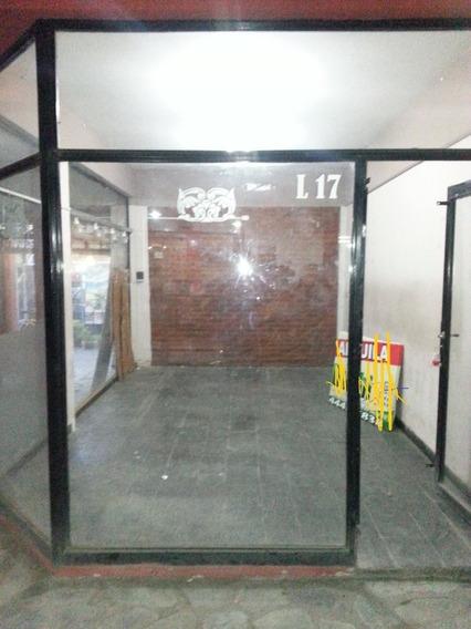 Local En Alquiler Centro De Haedo En Galeria