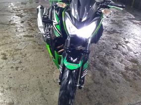 Kawasaki Z250 Color Verde-negro
