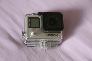 Camera Go Pro 4 Black Filma Em 4k 2 Baterias A Vista R$900