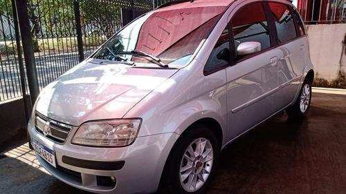 Imagem 1 de 6 de Fiat Idea 2010 1.4 Elx Flex 5p