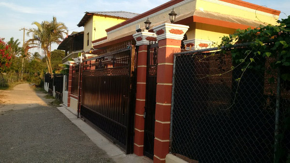 Casa Nueva En Jarabacoa,oferta Unica En Urbanizacion Cerrada