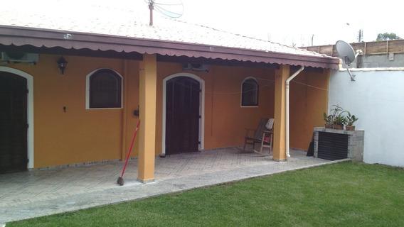 425-casa A Venda Com 259m², Churrasqueira. Bairro Grandesp