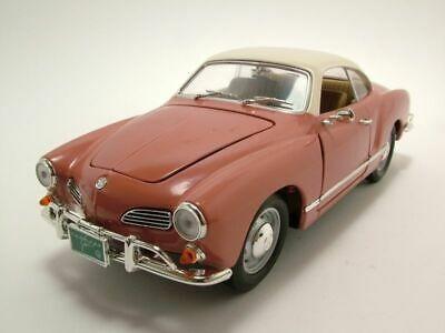 Volkswagen Karmann-ghia Rose 1966 Escala 1:18 Yat Ming