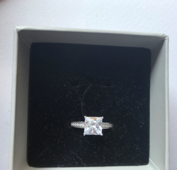 Anillo De Compromiso Christ Diamante 18k
