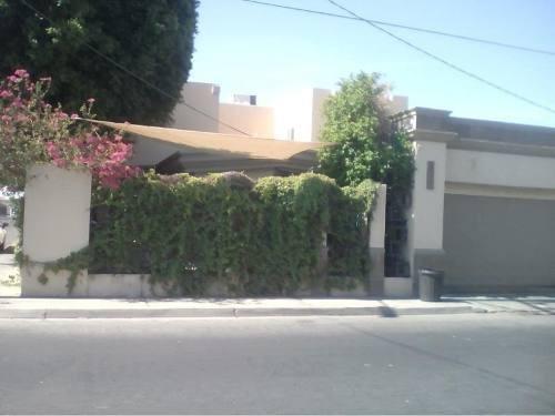 Casa Sola En Venta Fracc. Vista Hermosa