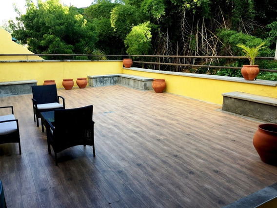 Se Vende/alquila Casa 420m2 5h/5b/2p Valle Alto