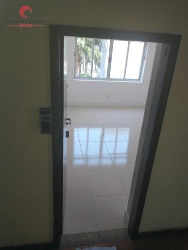 Imagem 1 de 5 de Sala Comercial No Centro A Venda - V-4835