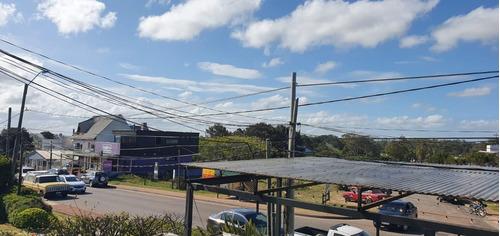 Local En La Barra, La Barra   Sur Bienes Raices Ref:588- Ref: 588