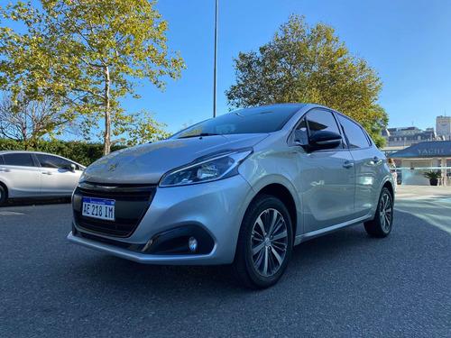 Peugeot 208 1.6 In Concert 2020