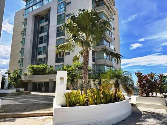 Apartamentos En Venta - Lomas De Las Mercedes - 20-1313