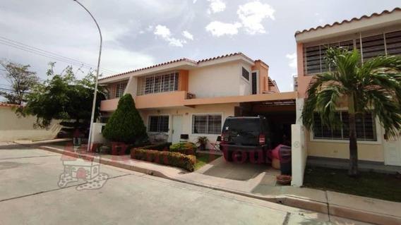 Casa En Venta En La Morita Maracay 20-16948 Hcc