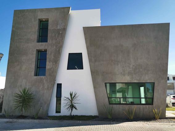 Casa Residencial Nueva 3 Pisos, 3 Recamaras, 3.5 Baños