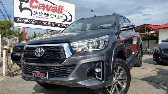 Toyota Hilux Revo Gris 2019 0km