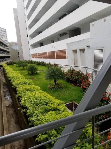 Apartamento En Venta En Macaracuay Rent A House @tubieninmuebles Mls 20-19364