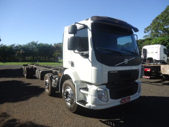 Volvo Vm 330 8x2 2014/2014 Chass