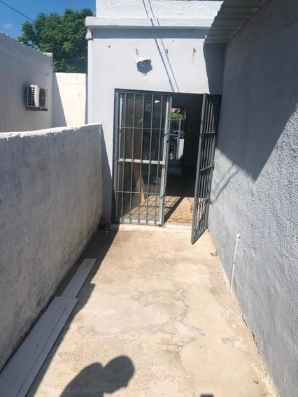 2 Casas Independientes Recicladas A Nuevo