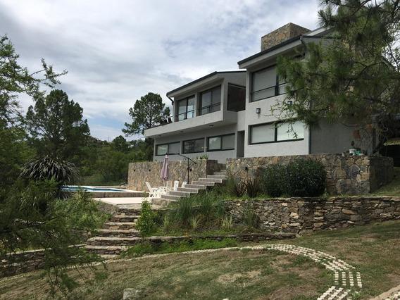 Amplia Casa En Calamuchita, Barrio Cerrado Con Bajada Al Rio