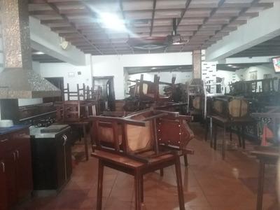 Se Alquila Restaurant En Altamira/ Gc 04142652589