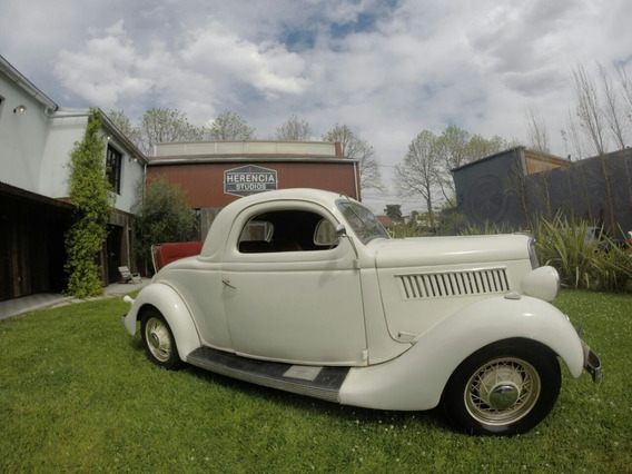 Ford 1935 Coupe 3 Ventanas