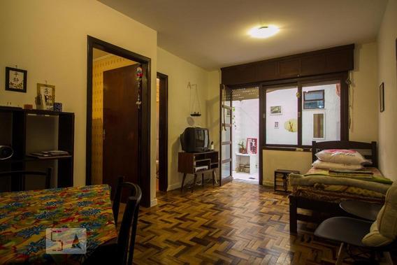 Apartamento Para Aluguel - Petrópolis, 1 Quarto, 32 - 893002949