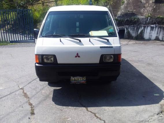 Mitsubichi Tipo Vans