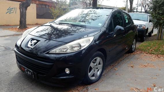 Peugeot 207 Premium X Line 2012