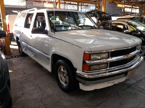 Chevrolet Suburban Jc*