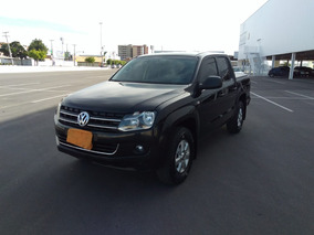 Volkswagen Amarok 2.0 Highline Cab Dupla 4x4 Manual - Black