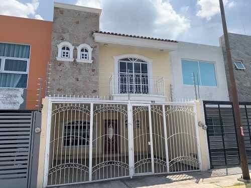Casa - Fraccionamiento Hacienda Del Sol