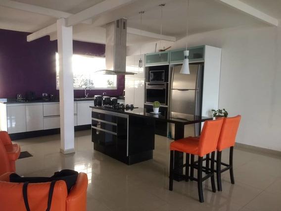 Bonito Y Amplio Apartamento En Avenida Los Proceres Merida
