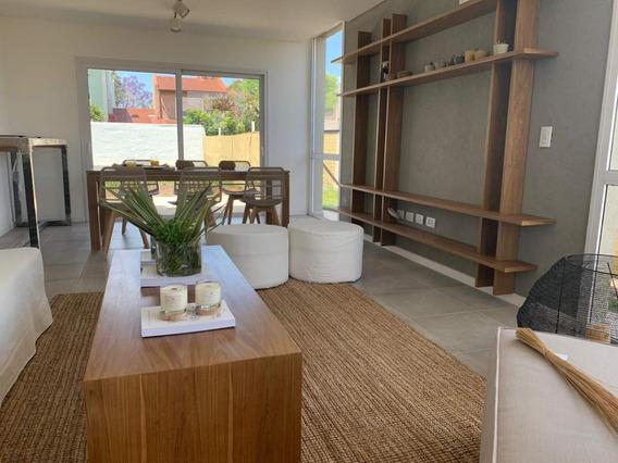 Duplex De Tres Dormitorios - Tres Baños En Venta A Estrenar, Tilo Iii, Jardín Claret. Zona Norte
