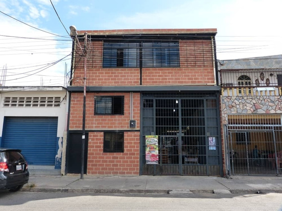 Venta Local Comercial Con 3 Anexos
