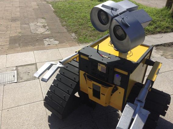 Robot Wall-e Gigante Salones Peloteros.