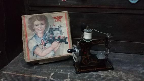 Antigua Maquina De Coser De Juguete Alemana