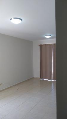Casa Economica En Arboledas