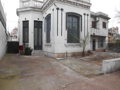 Casa, Millan Y R.correa, 4 Dorm, Cocheras, Jardin, 2 Baños