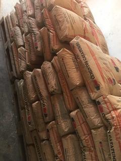 Cemento Gris Sacos Original De 42,5 Y A Granel 40 Kg