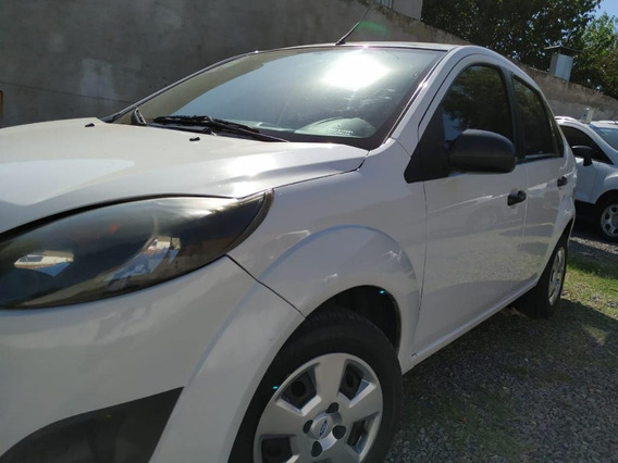 Ford Fiesta 1.6 4p One Max Ambiente Plus 2011
