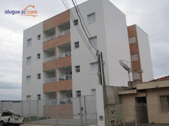 Excelente Apartamento - Ap7046