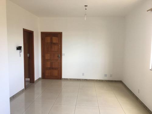 Apartamento 03 Quartos Bairro Floresta. - Pr2715