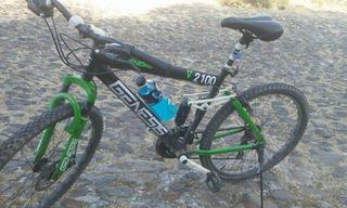 Bicicleta Genesis V2100