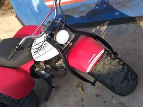 Moto Marca Honda Cc 110 Llantas Nuevas Mui Bien Tenida