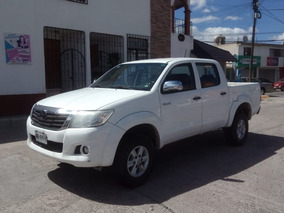 2015 Toyota Hilux Dobel Cabina Mid Electrica, Aire