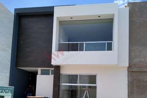 Hermosa Casa De 2 Pisos Totalmente Nueva En Venta En Condominio Q Campestre