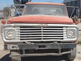 Ford F-700