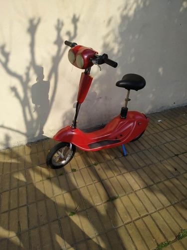 Imagen 1 de 4 de Scooter Electrico Para Chicos 24v Baterias Nuevas