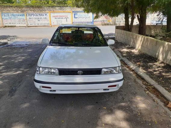 Toyota Corolla 809 497 5825