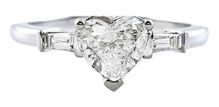 Anillo Solitario Oro Blanco Diamante Corazon 0.71 Ct Cert