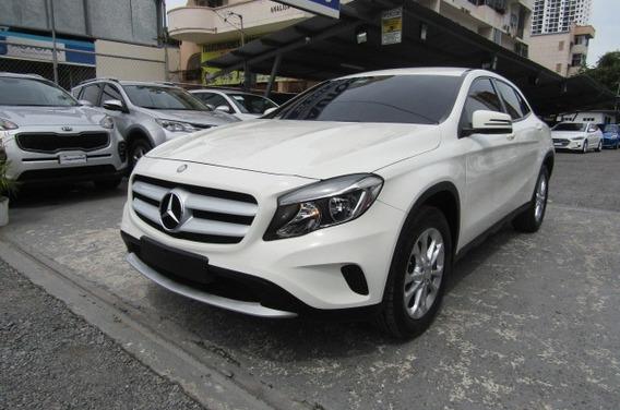 Mercedes Benz Gla180 2017 $ 20500